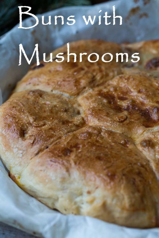 buns with mushrooms